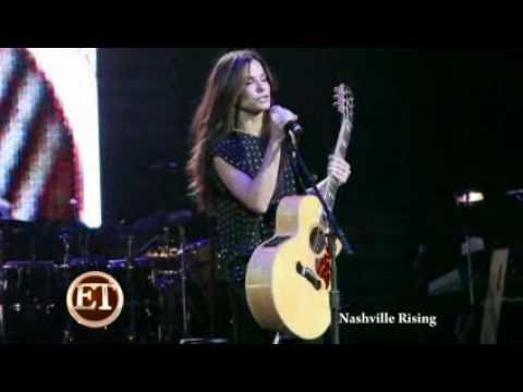 VIDEO Sandra Bullock Makes Surprise Appearance At Nashville Rising Concert