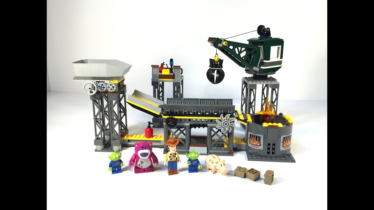 Lego Toy Story : Lego toy story trash compactor escape from