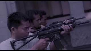 МОЩНЫЙ БОЕВИК Рейд 1, Индонезийский фильм, лучшее кино 2011 СЕРБУАН МАУТ.