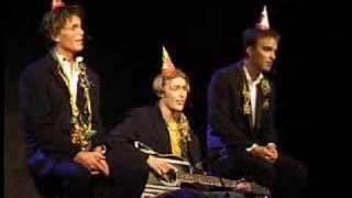 UKErevyen 2000: En glad gutt