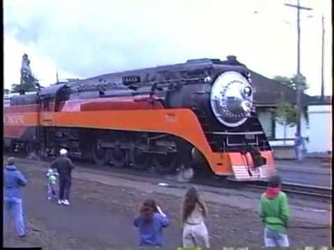 American Freedom Train Passes Through Eugene, Oregon