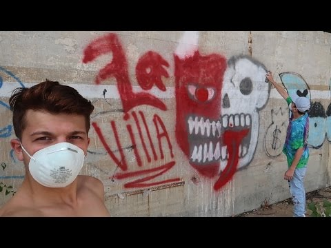 SPRAY PAINTING IN ABANDONED BUILDINGS