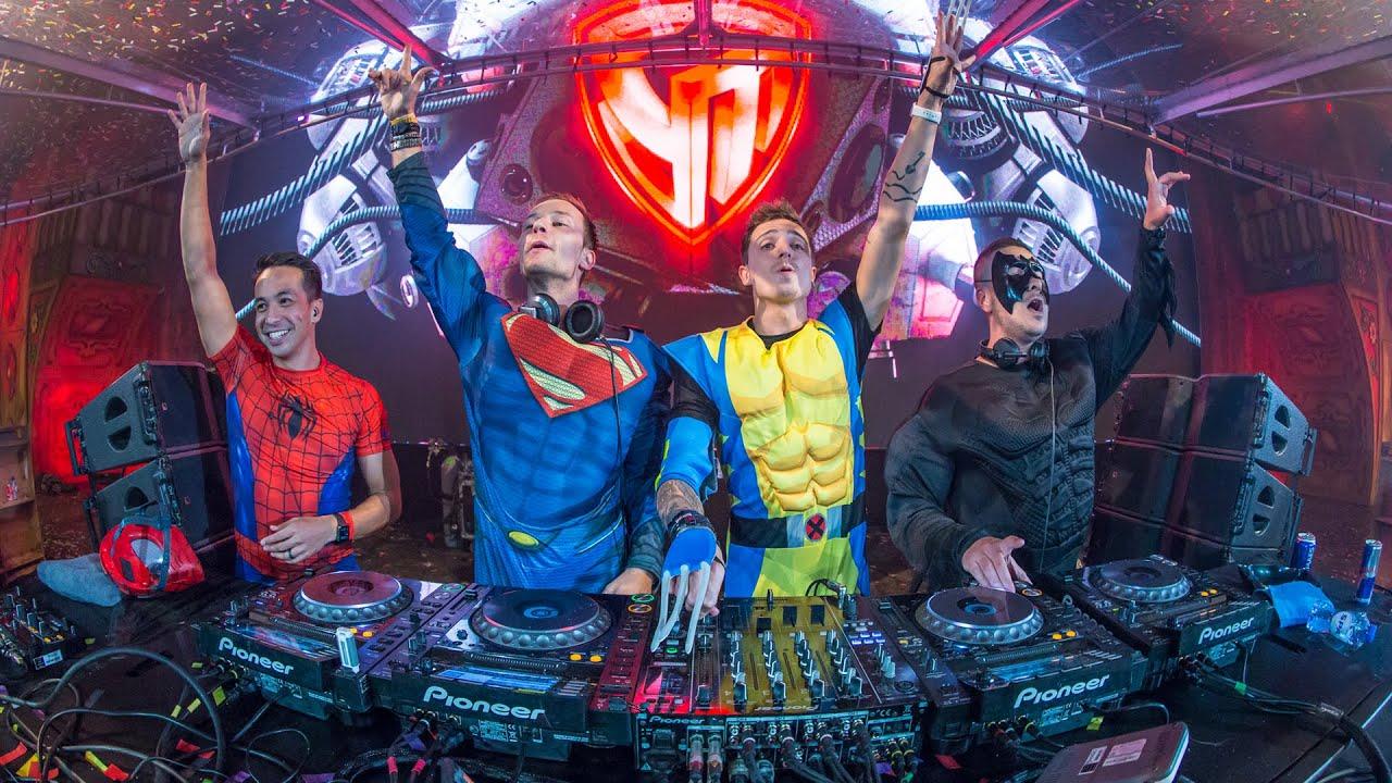superheroes live   super you u0026me stage  tomorrowland  belgium  2015