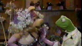 Tropical Heatwave - The Muppets