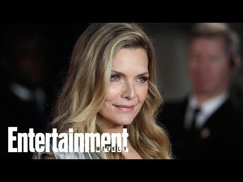 Michelle Pfeiffer Asked About Weight During 'Scarface' Reunion   Flash  Entertainment Weekly