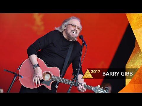 Barry Gibb - Stayin' Alive (Glastonbury 2017)