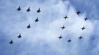 Самолеты в небе на 9 мая. 70 лет победы