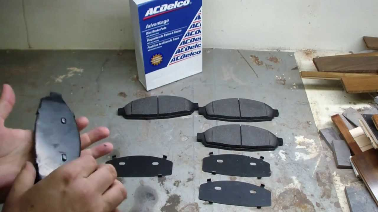 For Crown Victoria,Town Car,Grand Marquis Front Rear Ceramic Brake Pads