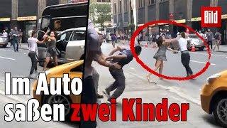 Taxifahrerin verprügelt Familie und rammt ihr Auto