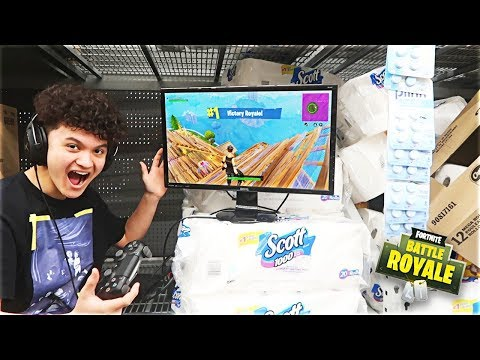 Fortnite Fort In WALMART (Kid Wins Fortnite: Battle Royale Game)