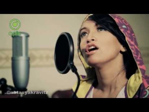 Oasis - Wonderwall Cover By Natasya Kravitz