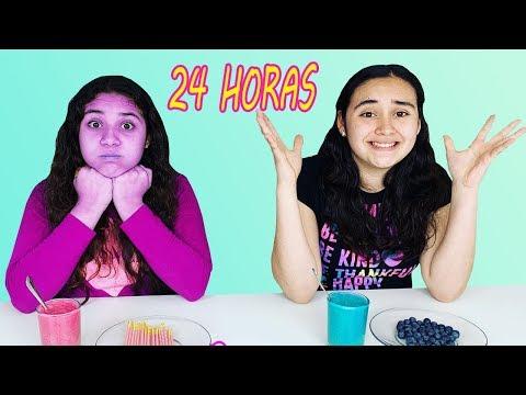 24 horas comiendo ROSA y Azul con mi hermana | un dia comiendo por colores