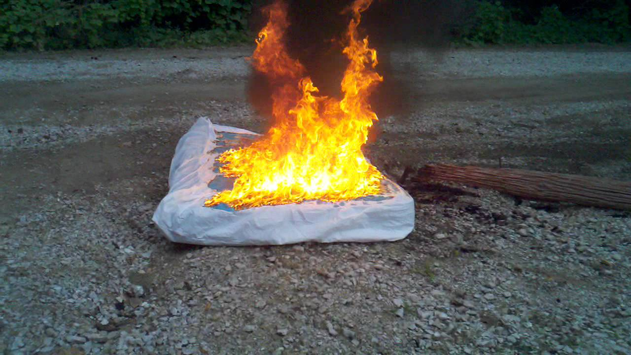 Bed Bug Infested Mattress Set On Fire Youtube