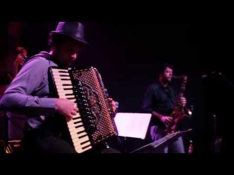 Adiós Nonino (Astor Piazzolla) - Grupo LiberTango