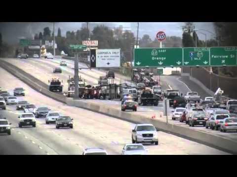 Traffic accident blocks 22 Freeway - 2010-12-16