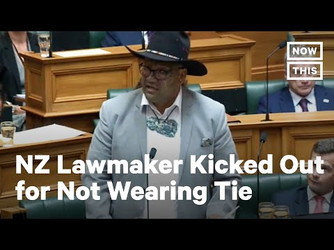 New Zealand Māori MP Kicked Out of Parliament Over Dress Code
