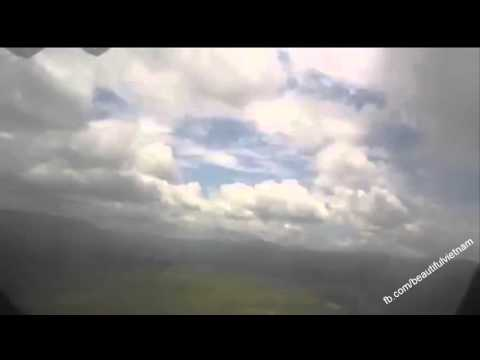 Fly over the high mountains of Dien Bien Phu