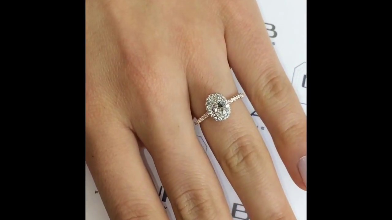 0 61 Ct Oval Diamond Engagement Ring Youtube