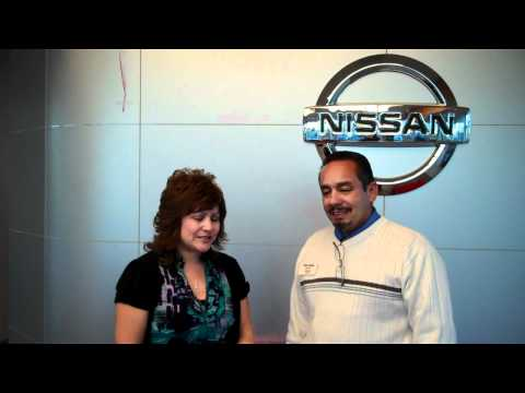 Zandra's experience leasing a new 2011 Nissan Rogue from Halladay Motors Nissan.