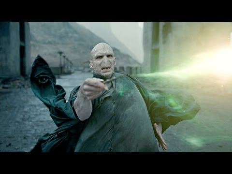Harry VS Voldemort - Harry Potter and the Deathly Hallows Part 2 HD