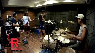 เป็นเพราะฝน - Polycat (cover) by Squid69 | LiveRoom Studio