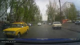 В Запорожье пьяный водитель сбил трех женщин - момент аварии