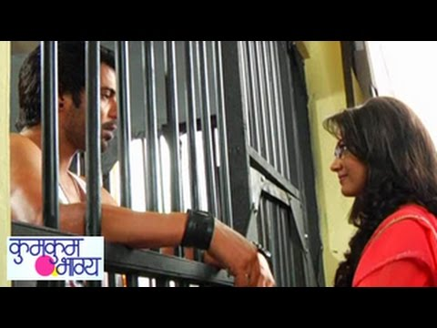 Kumkum Bhagya 17th October 2014 FULL EPISODE | Abhi & Pragya's CUTE MOMENT