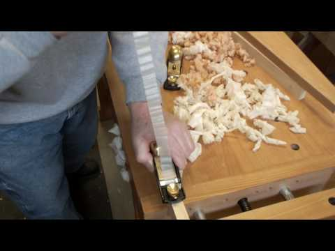 Block Plane Battle Luban 60-1/2  vs  Lie-Nielsen!  Copy, Clone or a Cousin?