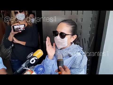 APARECE ANTE LOS MEDIOS DE COMUNICACIÓN LA CONDUCTORA YOLANDA ANDRADE TRAS REALIZARSE TRATAMIENTO .