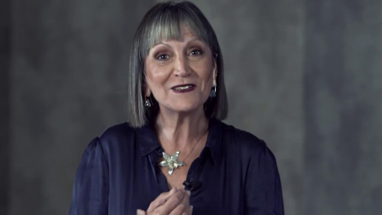 Claves para ayudar emocionalmente en una crisis | Silvia Bentolila |  TEDxRiodelaPlata - YouTube