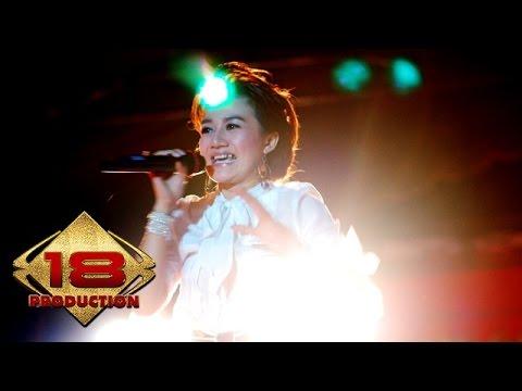 Nini Carlina - Kalau Bulan Bisa Ngomong (Live Konser Bangka 1 April 2006)