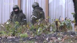 Armed Men Take Up Positions in Luhansk Amid Separatist Power Struggle