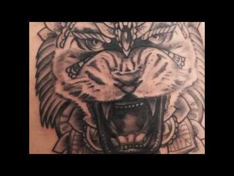 91a07c3b3 LION tattoo VIDEO en symétrie à crazy geneva ink tattoo - YouTube