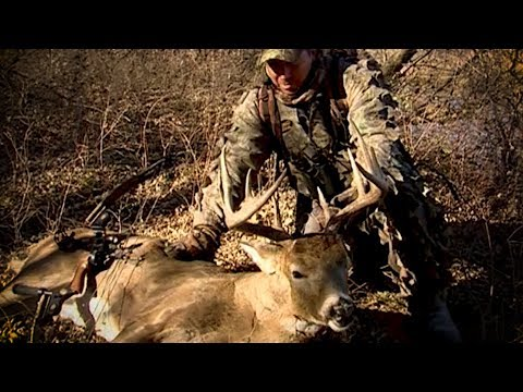 Old School: Tom Miranda Bowhunt's A 150 Class Kansas 10pt Buck