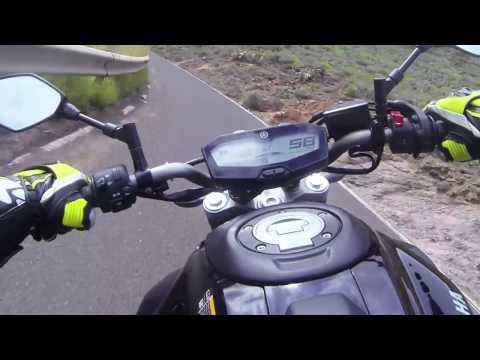 2014 Yamaha MT-07 FIRST RIDE! Wheelies, turns and pure sound by MotoRmania!