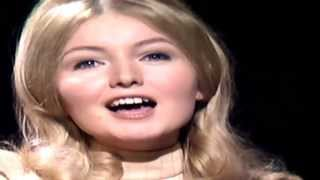 Mary Hopkin - Those Were The Days - 1968 thumbnail
