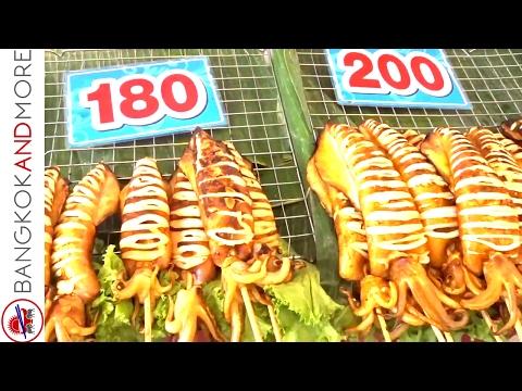 Central World Plaza Bangkok  - Amazing Food Stalls at the Square Market