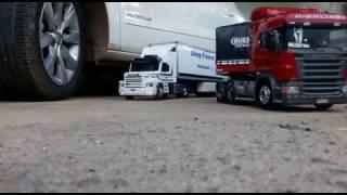 Scania 113 Branca e R360 Vermelha Tamiya controle remoto 02