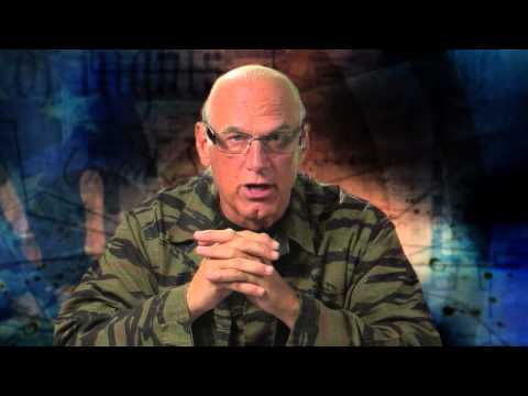 I Would Pardon Snowden & Manning | Jesse Ventura Off The Grid - Ora TV