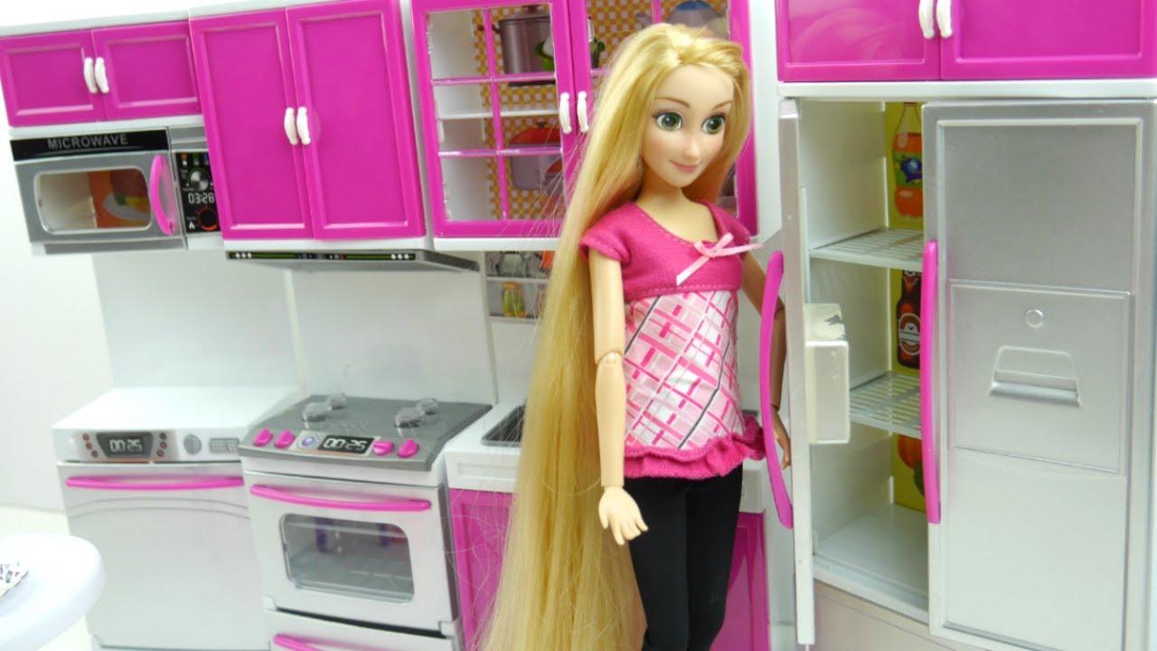 disney princess rapunzel kitchen dinner table set barbie doll rh youtube com barbie dining room furniture barbie glam dining room