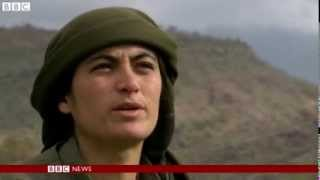 Who are the female fighters of the PKK?