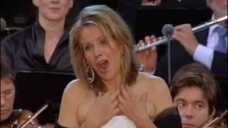 Renée Fleming & Berliner Philharmoniker - Giacomo Puccini Gianni Schicchi Lauretta Aria 2010