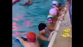 Учимся плавать: бассейн Арка(http://neposedu.ru/?p=5713 Первое занятие в бассейне Арка. 3