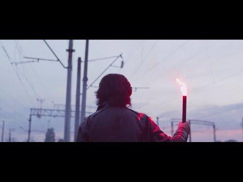 Смотреть онлайн клип Плюшевый Бруклин feat Павло Зібров - Польська Залізниця Лова-Лова