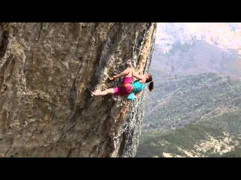 escalade Romeyer First Ascent Ma belle ma muse 9A ? Anak VERHOEVEN converted