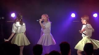 札幌市内のライブハウス、moleにて開催された「フルーティーは東京遠征...