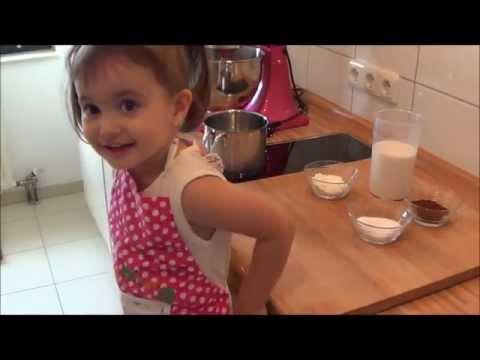 Der leckerste Schokoladenpudding - gekocht von meiner Tochter Samira :) / Sallys Welt