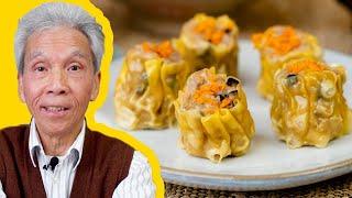 My dad's delicious Siu Mai recipe (烧卖)!