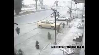 كامرات المراقبة تصور لحظة تفجير السيارة المفخخة ودخول المسلحين الى جواهر مول - كركوك 04/12/2013