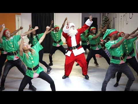 Hip-Hop Santa! @TheKingOfWeird 😂🎅🏾🔥🎄